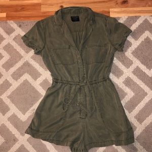 Abercrombie & Fitch army green romper